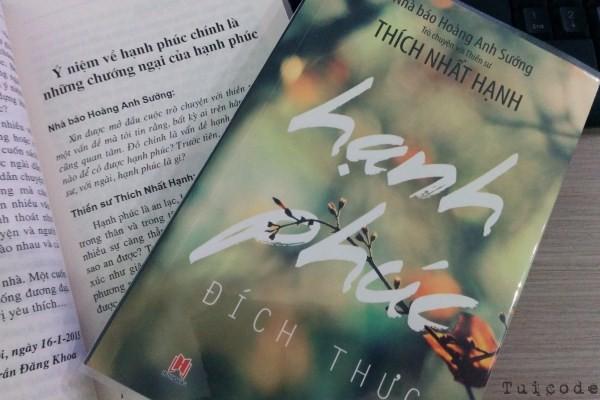 t5-tang-sach-hanh-phuc-dich-thuc-nha-bao-hoang-anh-suong